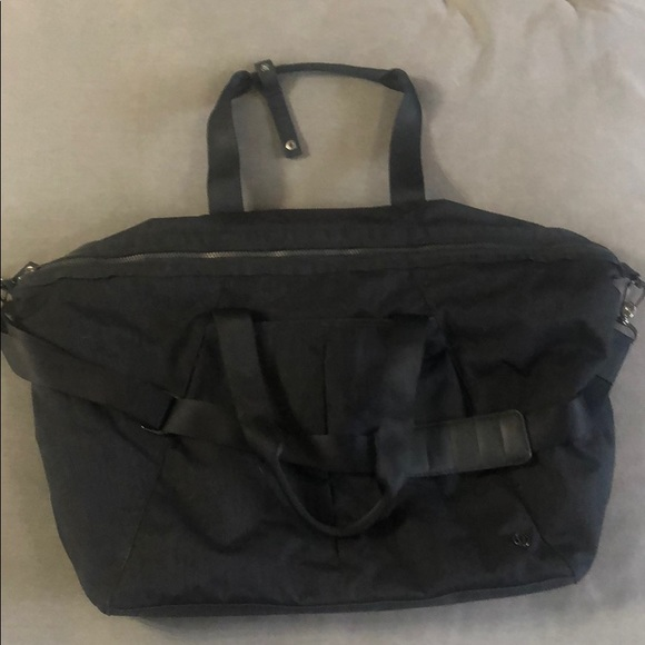 lululemon athletica Handbags - Large Lululemon gym duffle